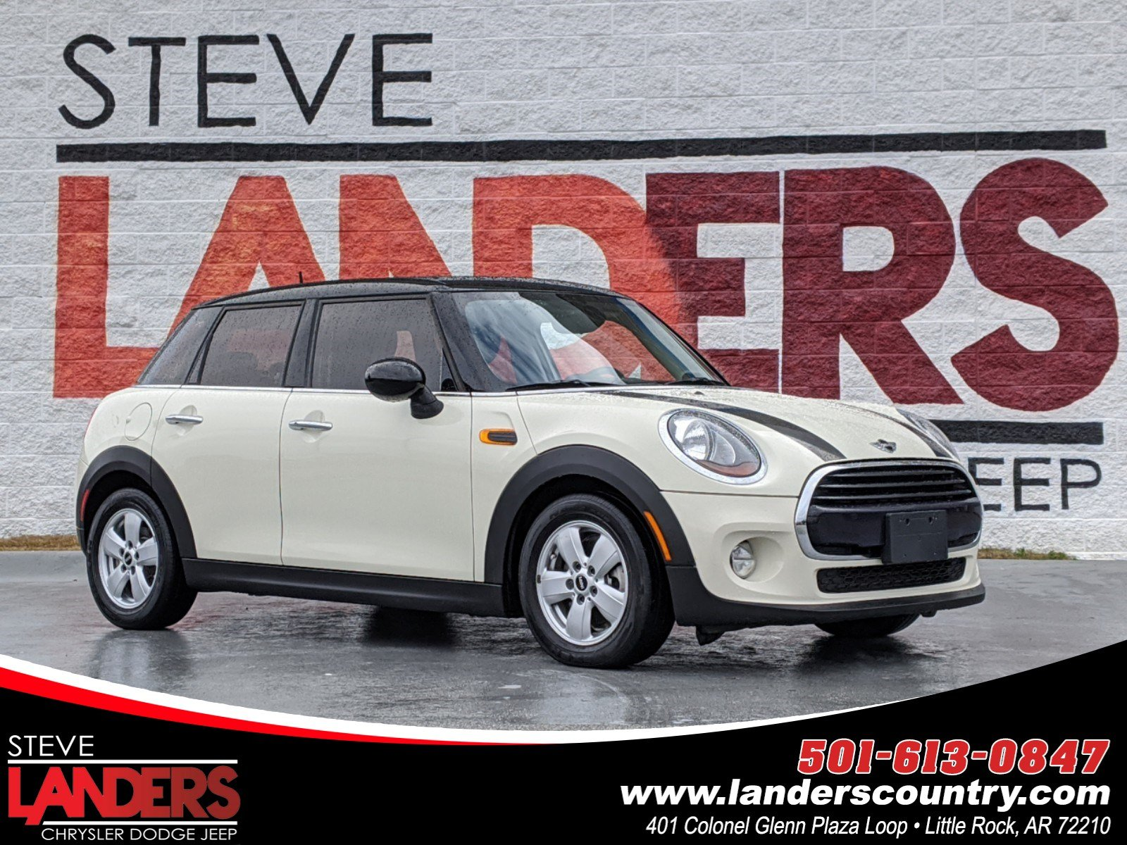 Pre-Owned 2016 MINI Cooper Hardtop 4 Door Base