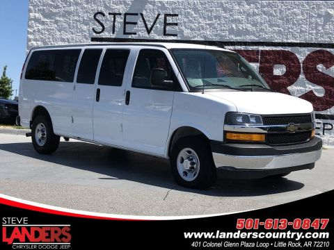 Pre-Owned 2018 Chevrolet Express Passenger LT