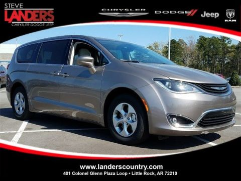 New 2018 CHRYSLER Pacifica Hybrid Hybrid Touring Plus
